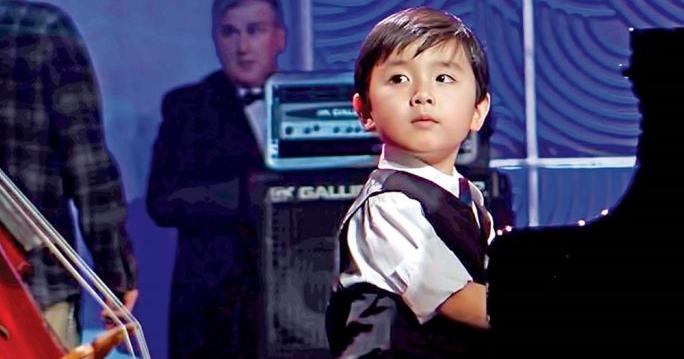 Tìm hiểu về thần đồng piano gốc Việt - Evan Le