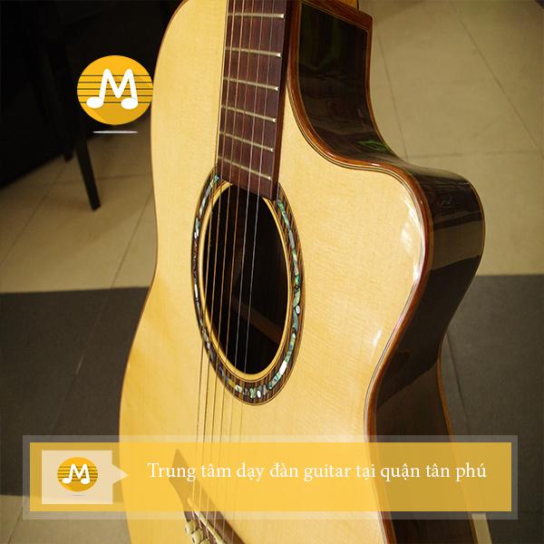 Trung tâm dạy đàn guitar tại quận tân phú