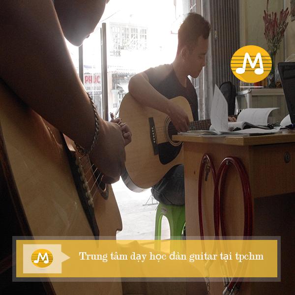 Trung tâm dạy học đàn guitar tại TPHCM Ngũ Cung