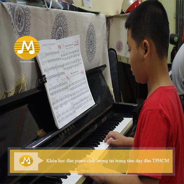 Khóa học đàn piano chất lượng tại trung tâm dạy đàn TPHCM